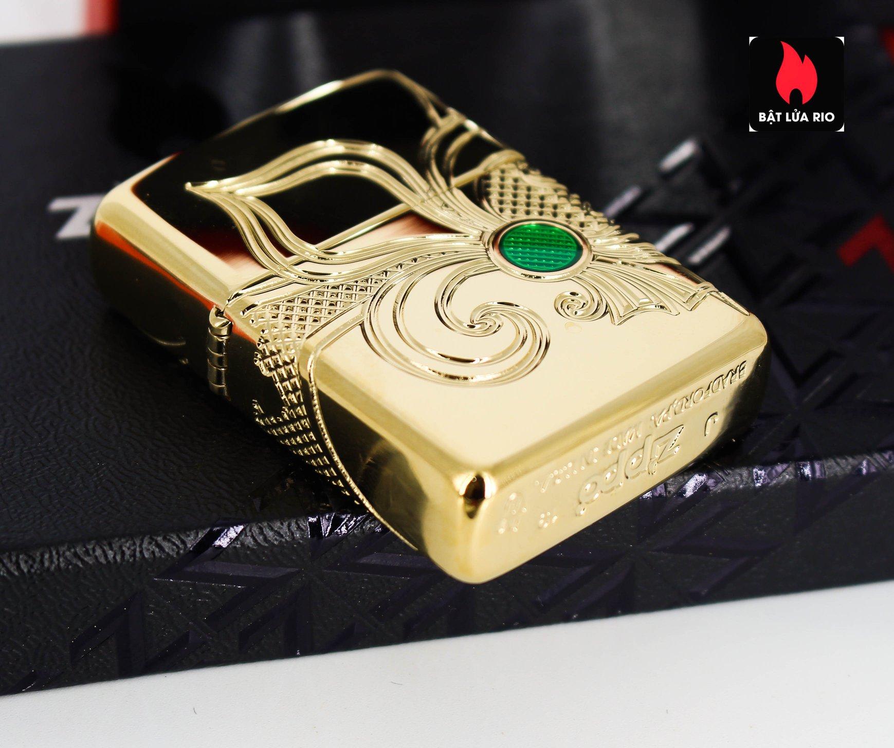 Zippo 49108 - Zippo Armor® Fleur-de-lis Design Gold Plate 12