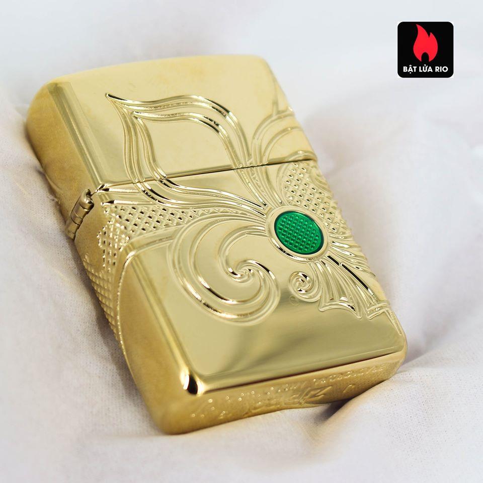 Zippo 49108 - Zippo Armor® Fleur-de-lis Design Gold Plate 17