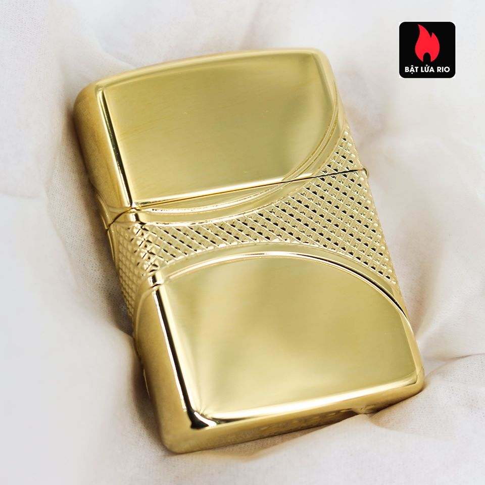 Zippo 49108 - Zippo Armor® Fleur-de-lis Design Gold Plate 18