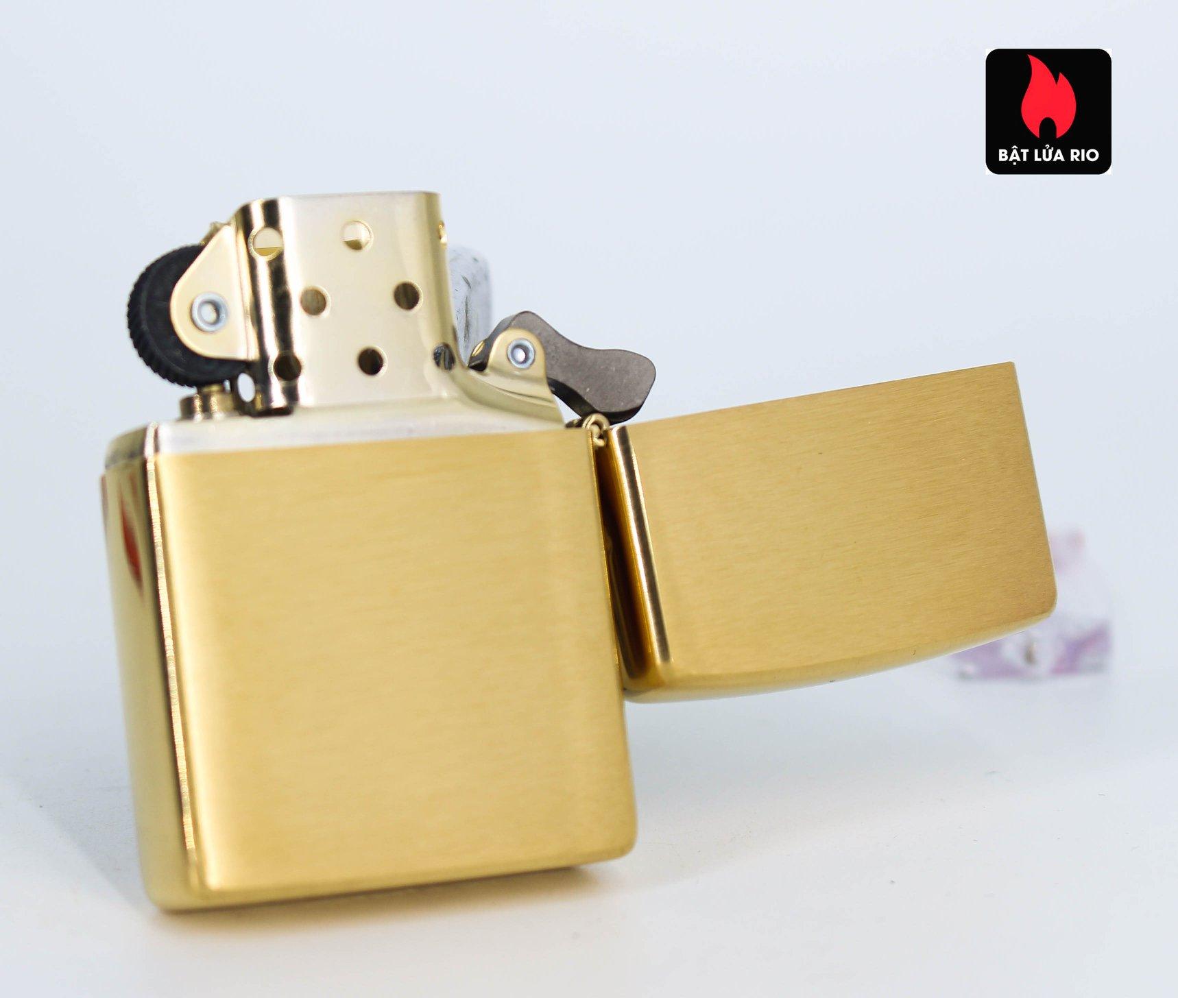 Zippo 49116 - Zippo Tiger Tattoo Design Brushed Brass 4