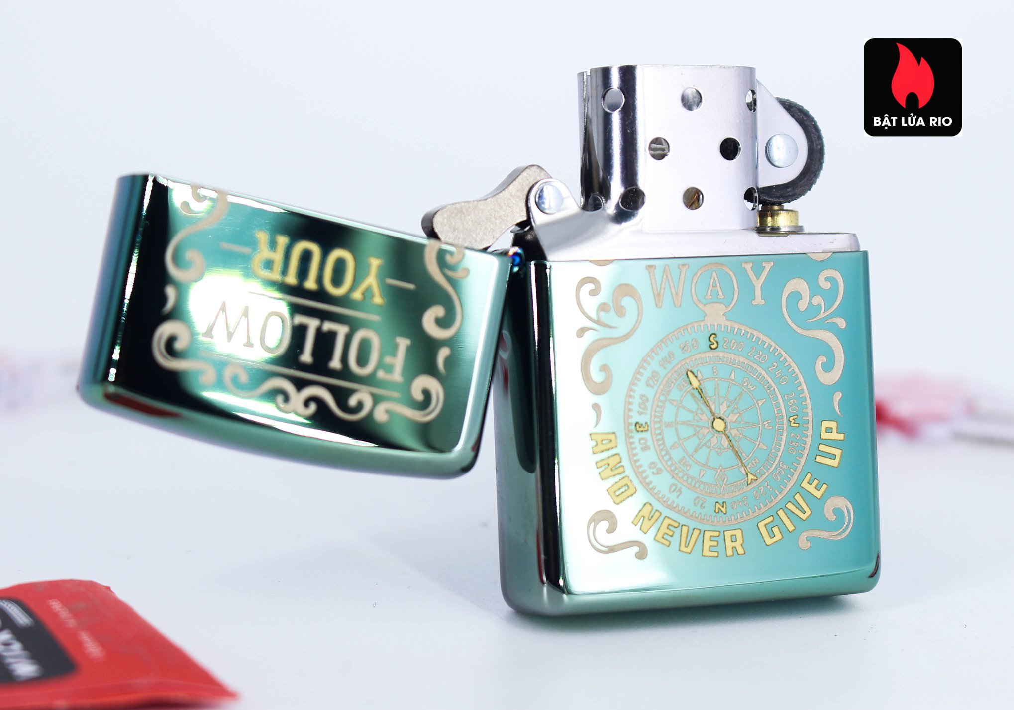 Zippo 49161 - Zippo Follow Your Way Design High Polish Green 7