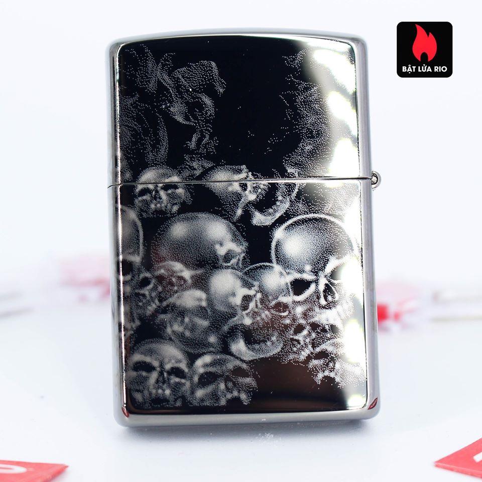 Zippo 49192 - Zippo Sons of Anarchy™ 360° Skulls Black Ice 4