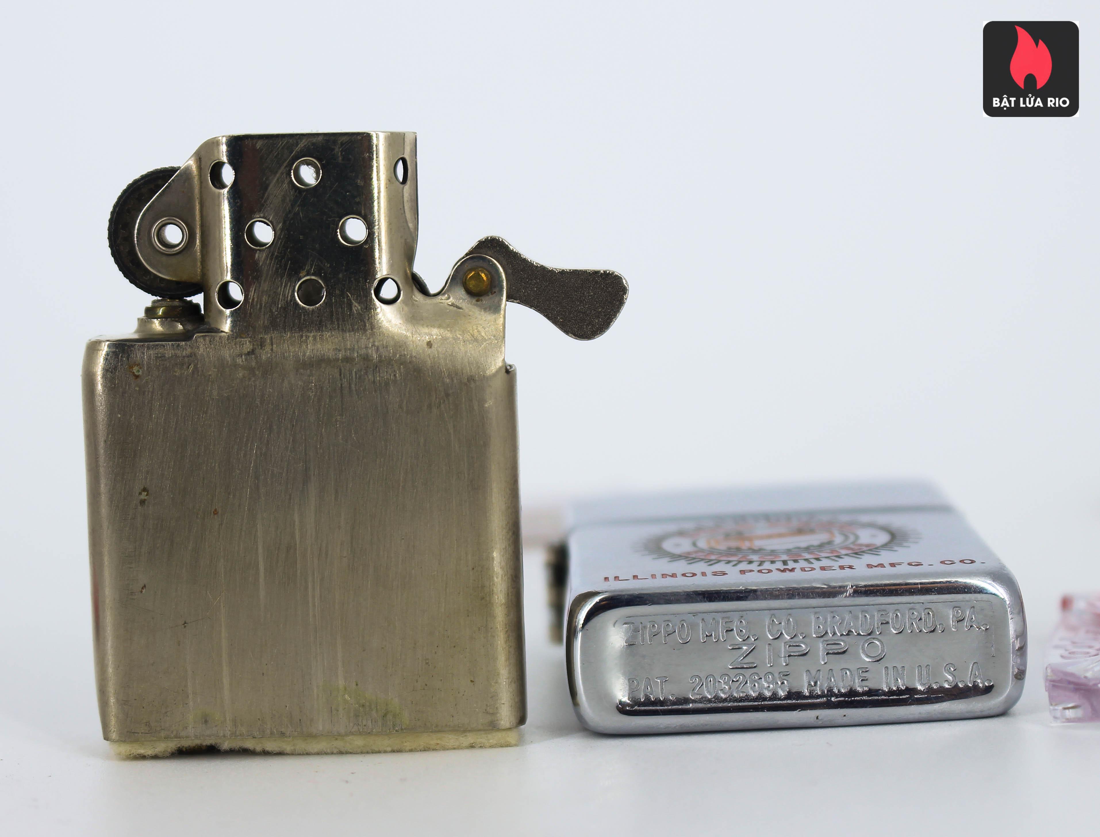 Zippo Xưa 1949 – 1950 – Gold Medal Explosives 1