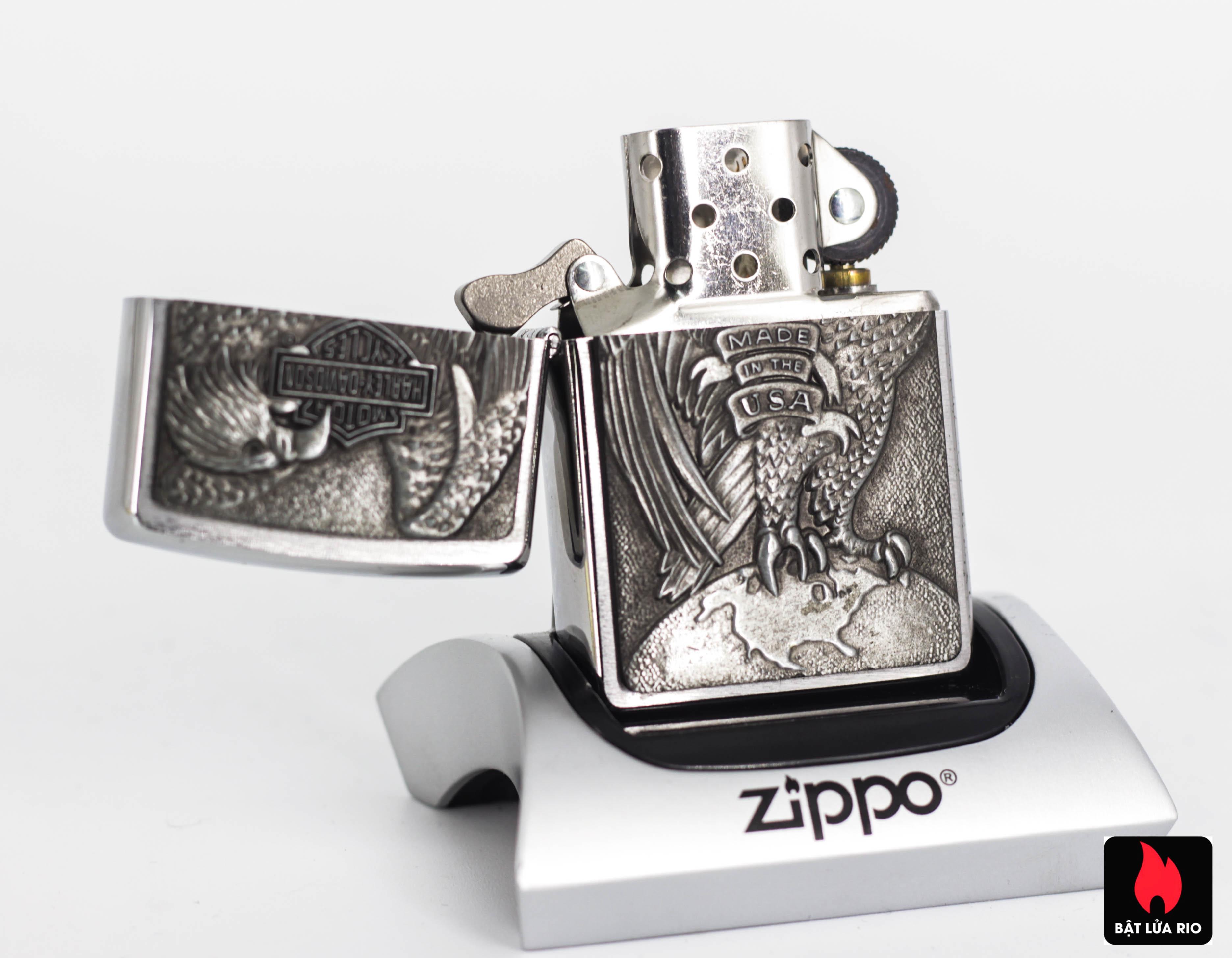 Zippo 2008 - Zippo Made in the USA Eagle and Globe Emblem 6