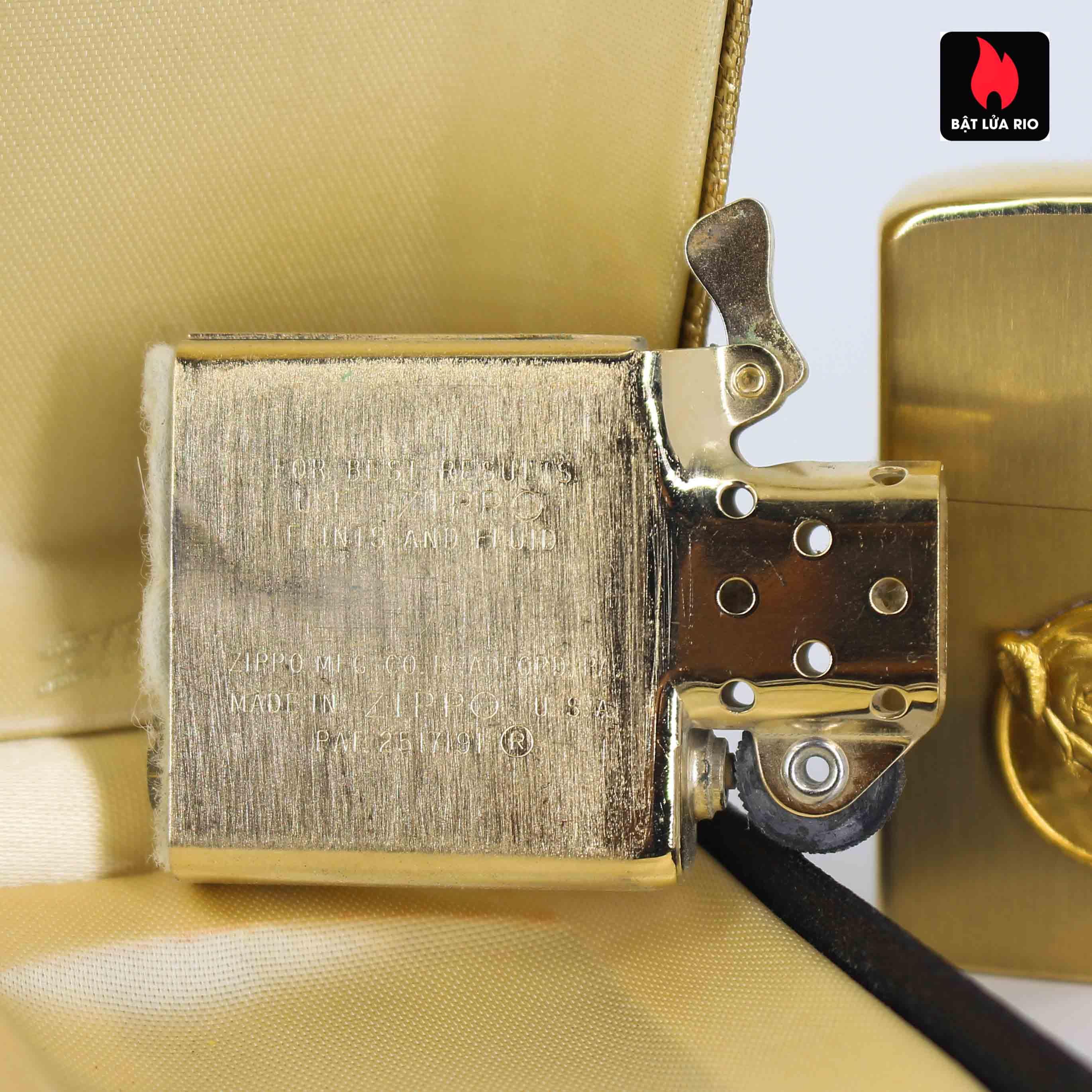 Zippo 1960s - 10K Gold Filled – Bọc Vàng 10K – Black Watch Farm 9