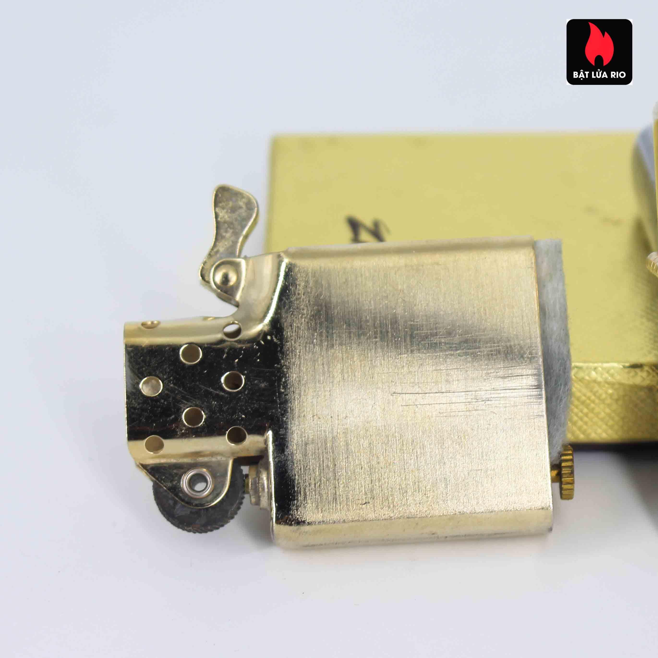 Zippo 1960s – 10K Gold Filled – Bọc Vàng 10K – Hoa Văn Sang Trọng 11