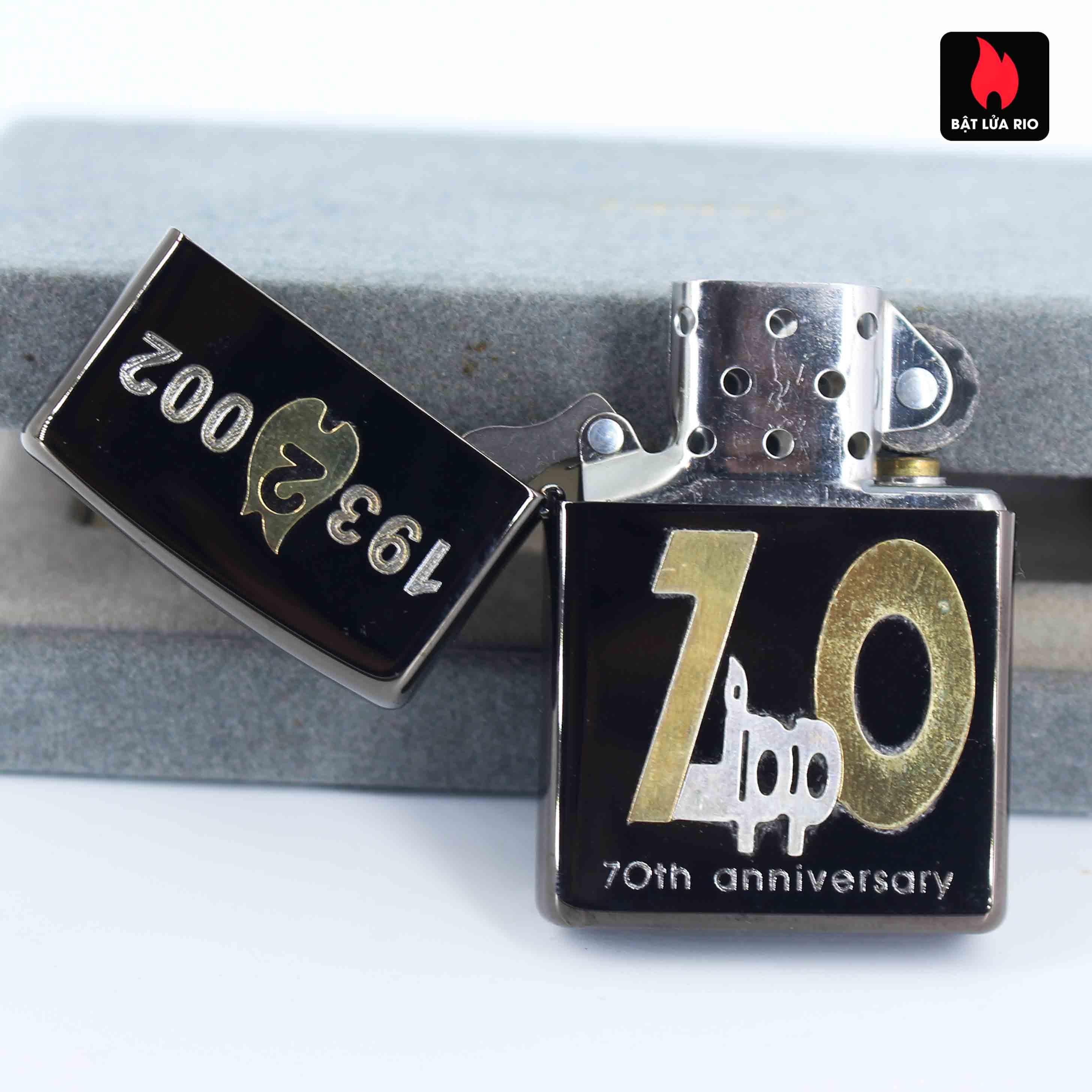 Zippo 2001 - 70th Anniversary - Limited 174/700 6