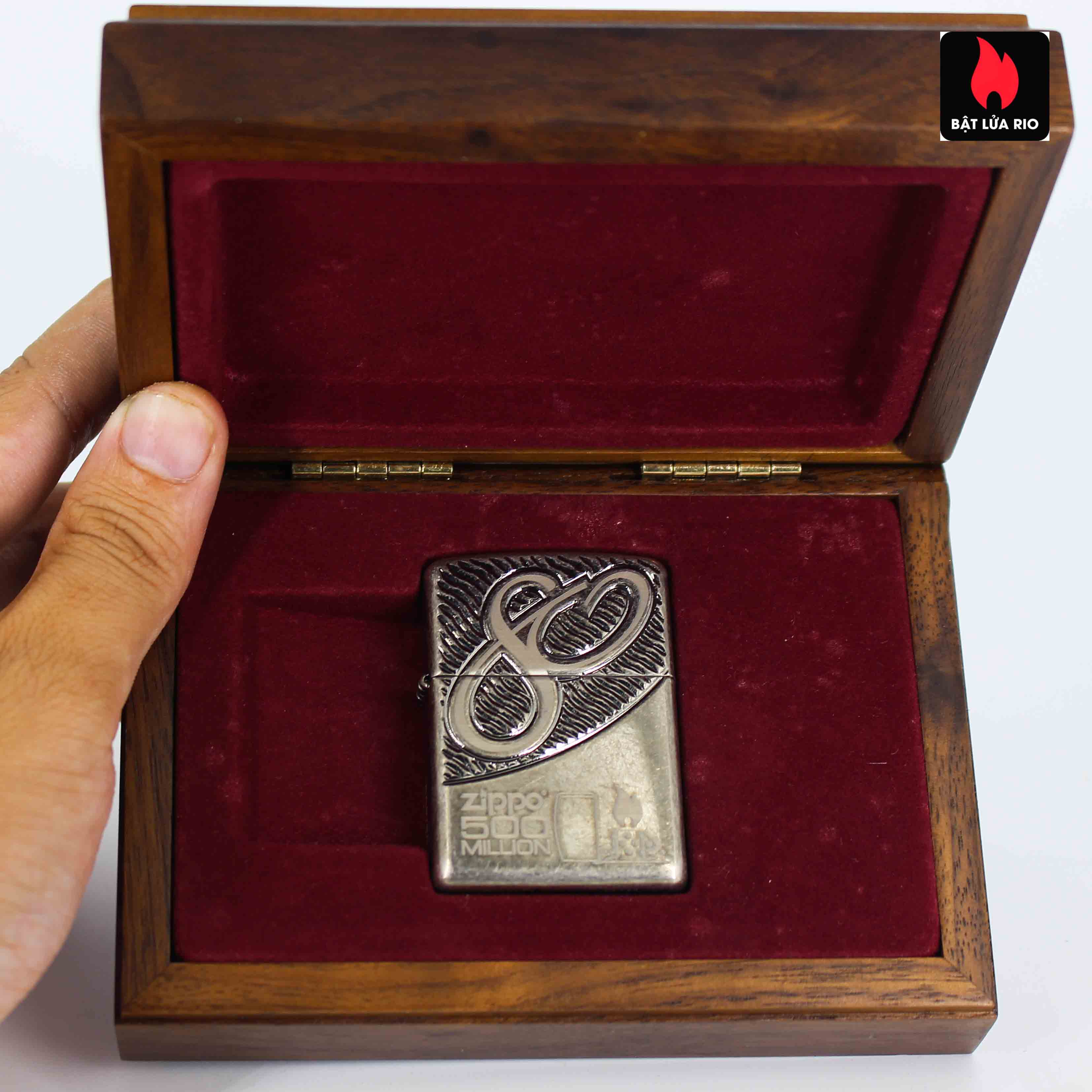 Zippo 2012 - 80th Anniversary and 500 Million - Limited 405/500 2