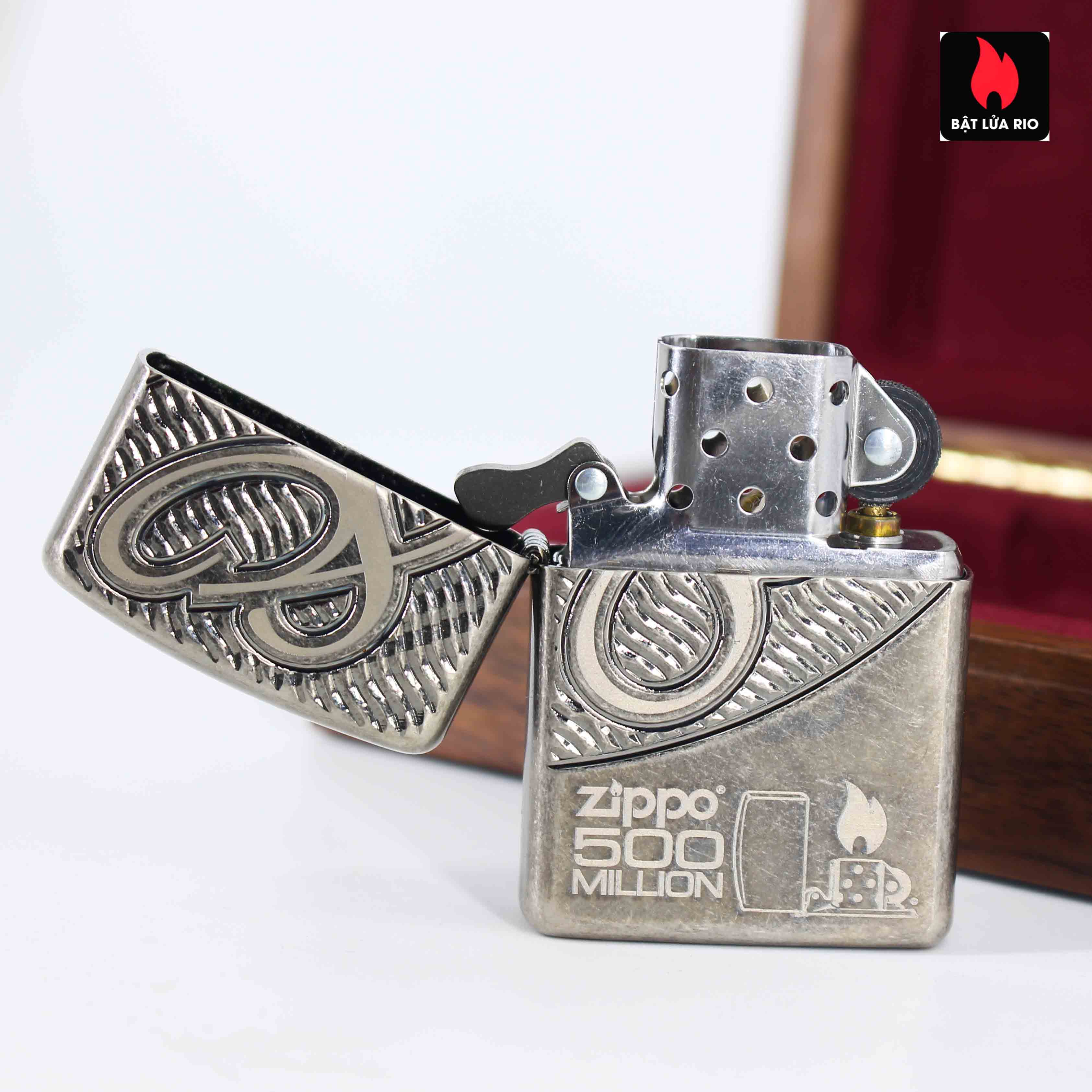 Zippo 2012 - 80th Anniversary and 500 Million - Limited 405/500 8