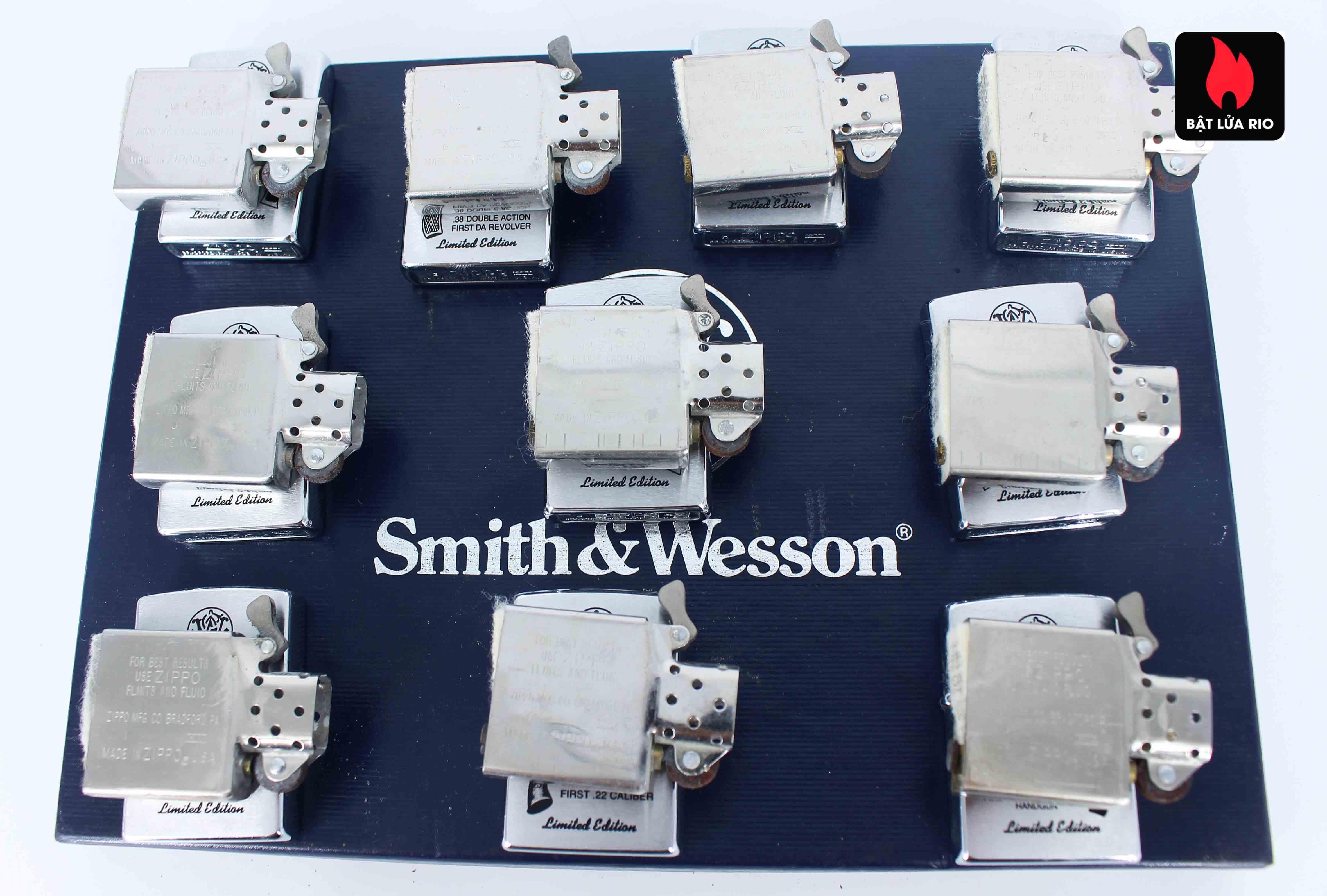 Zippo Set 1999 - Smith & Wesson 7