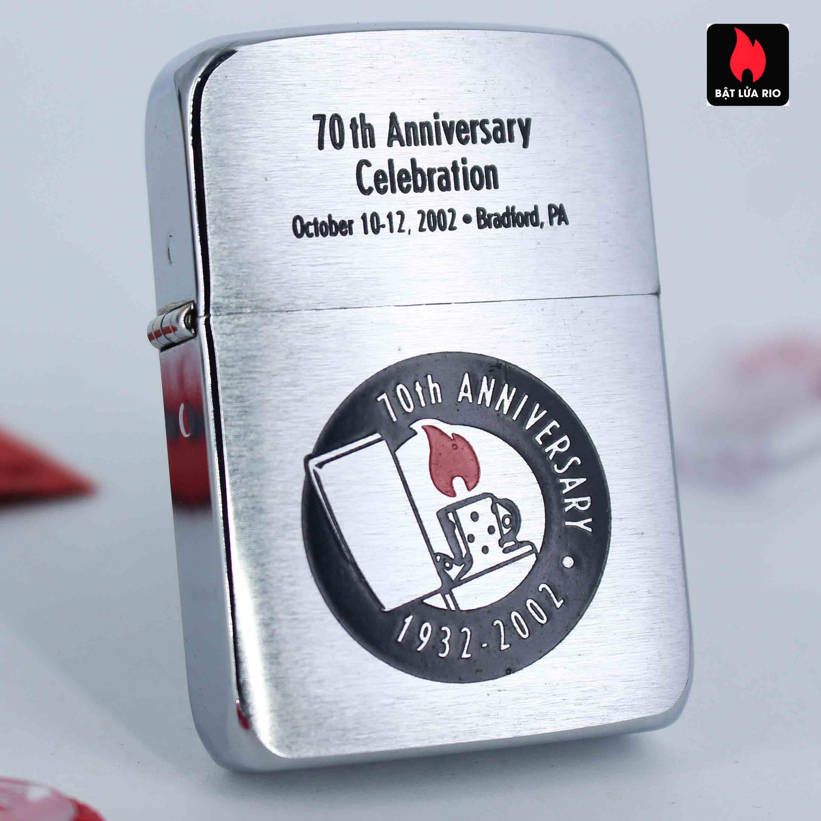 Zippo 2002 - 70th Anniversary Celebration