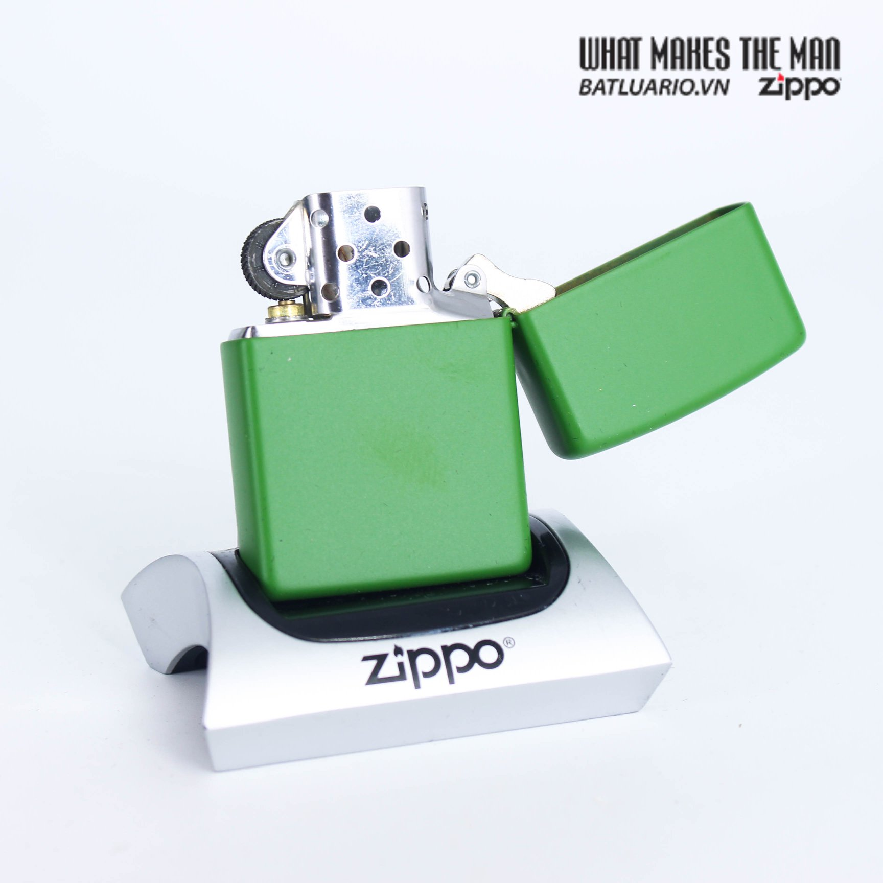 Zippo 49119 - Zippo Cannabis Design Moss Green Matte 3