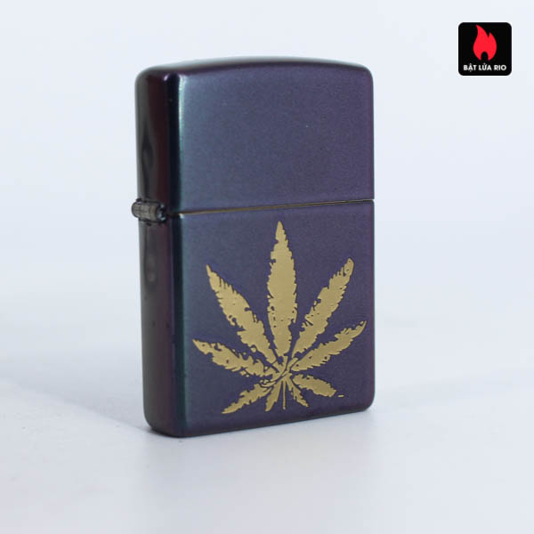 Zippo 49185 - Zippo Iridescent Marijuana Leaf 10