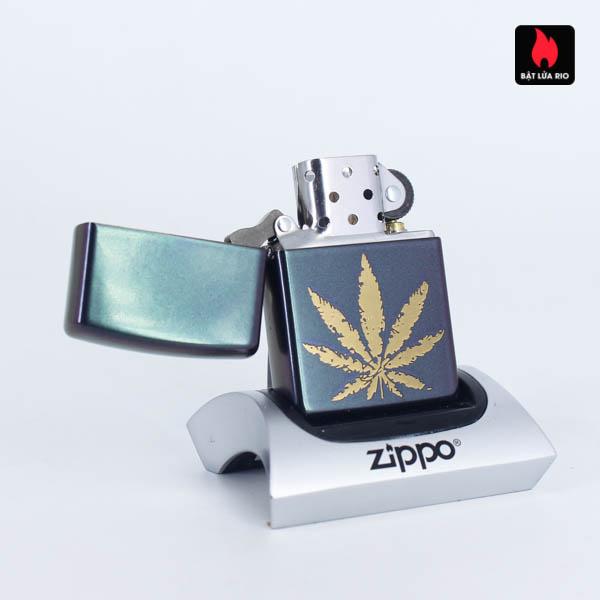 Zippo 49185 - Zippo Iridescent Marijuana Leaf 2