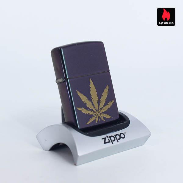 Zippo 49185 - Zippo Iridescent Marijuana Leaf 4