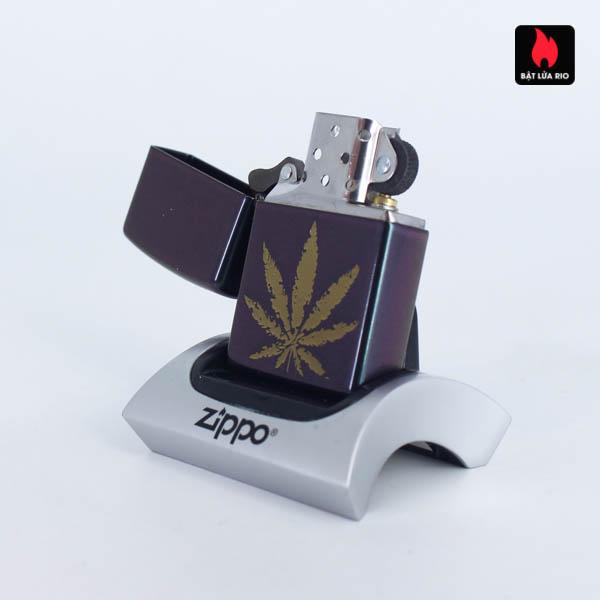 Zippo 49185 - Zippo Iridescent Marijuana Leaf 5