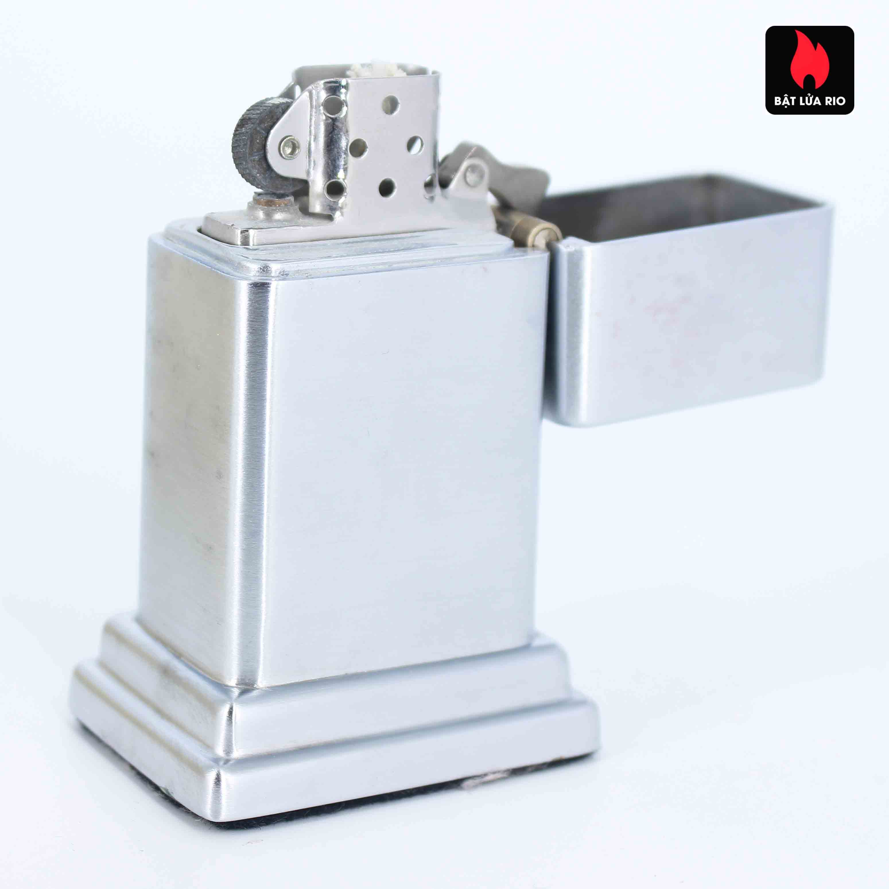 Zippo Table #4 - Liberty Bell 1776-1976 7