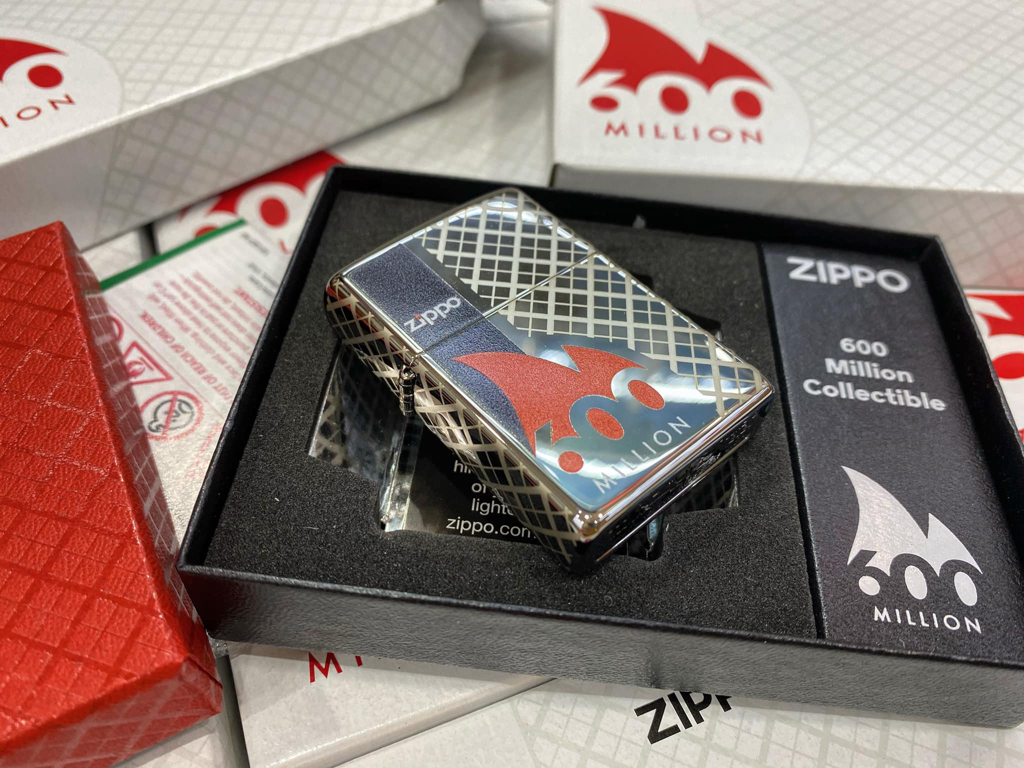 Zippo 600 Millionth Collectible - Zippo 49272 4