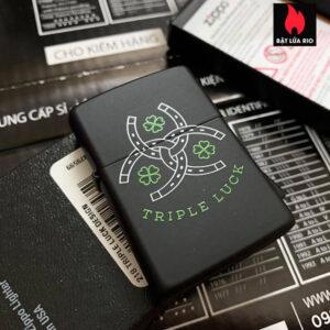 Zippo 218 Triple Luck Design Black Matte