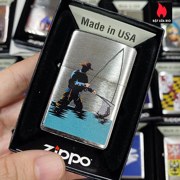 Zippo 200 Catching A Fish Design