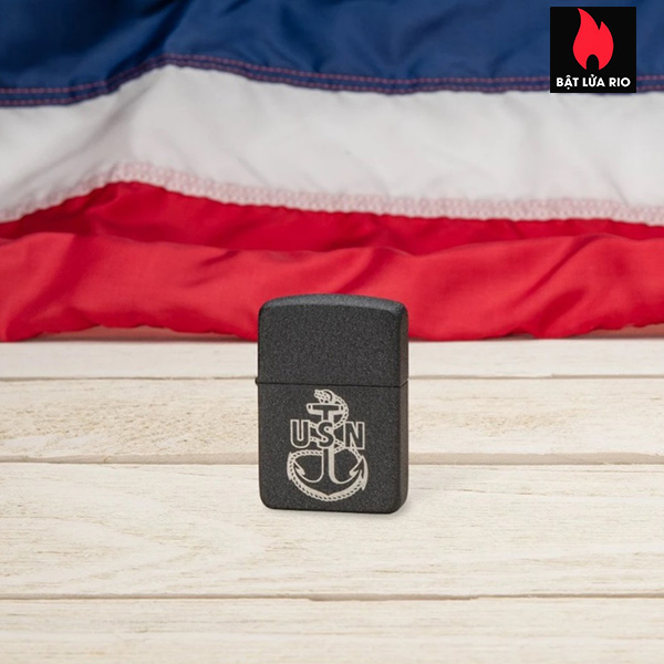 Zippo 49318 - Zippo U.S. Navy® Replica Black Crackle 1