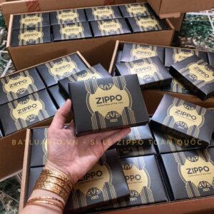 Zippo 49501 - Zippo 2021 Collectible Of The Year - Zippo Coty 2021 Asia - Zippo Salute To 100 Years Of Art Deco 20