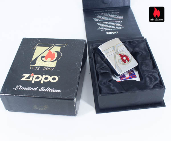 Zippo 2007 – 75th Anniversary Edition – Benelux – Limited BENELUX 1 Of 250 2