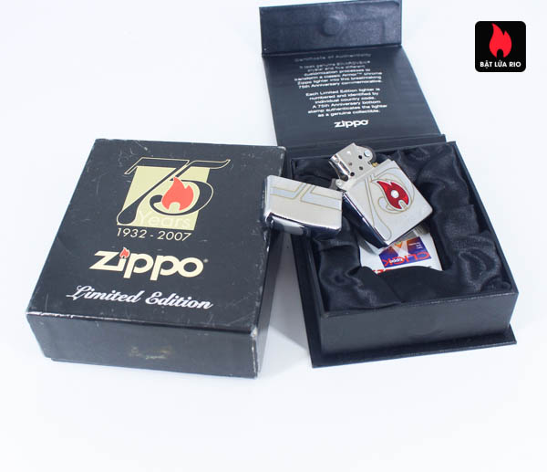 Zippo 2007 – 75th Anniversary Edition – Benelux – Limited BENELUX 1 Of 250 3