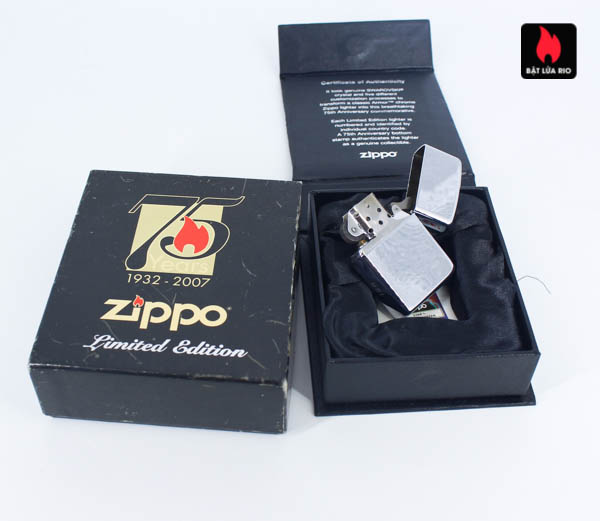 Zippo 2007 – 75th Anniversary Edition – Israel – Limited ISR 1 Of 300 4