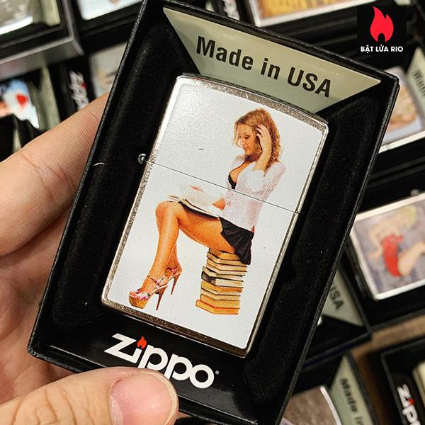 Zippo 207 Book Worm