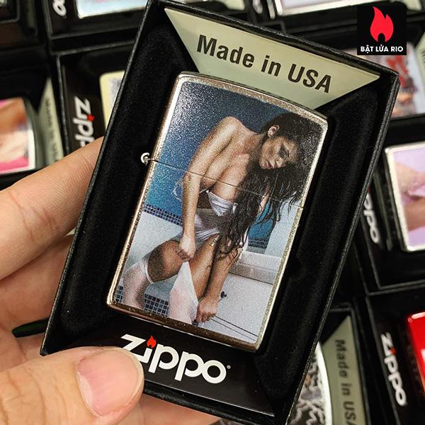 Zippo 207 Brunette Woman In Stockings