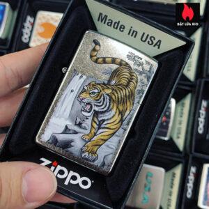 Zippo 207 Tiger On Edge