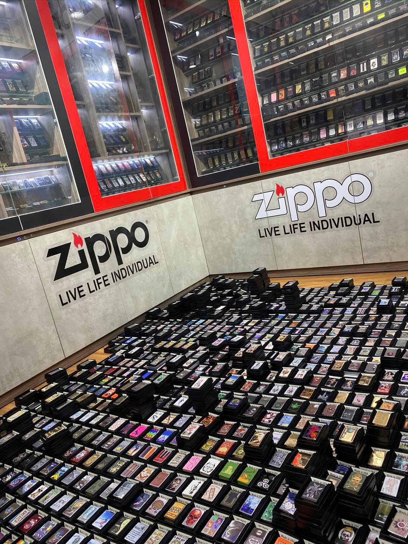 Bật Lửa Zippo RIO 52